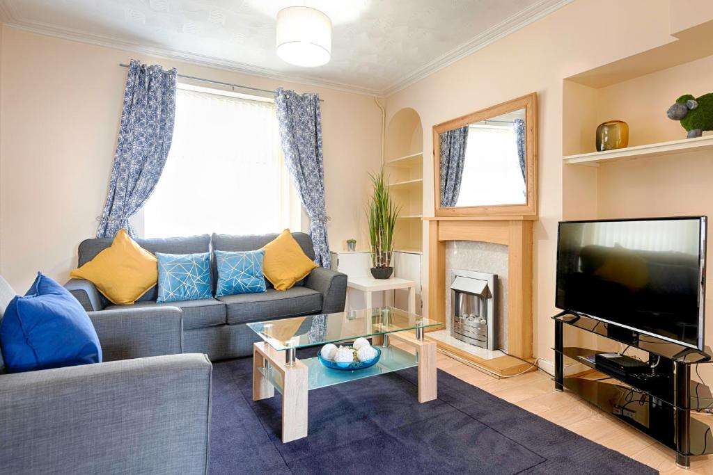 Apartment On Top Of The Liberty Swansea Uk Bookingcom