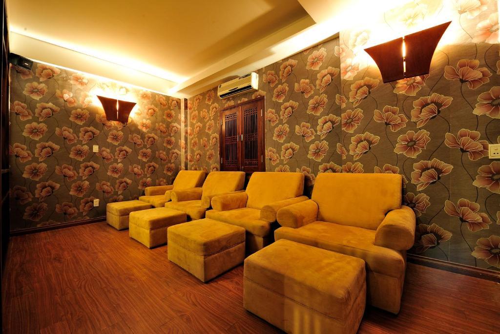 Hoa Long Hotel