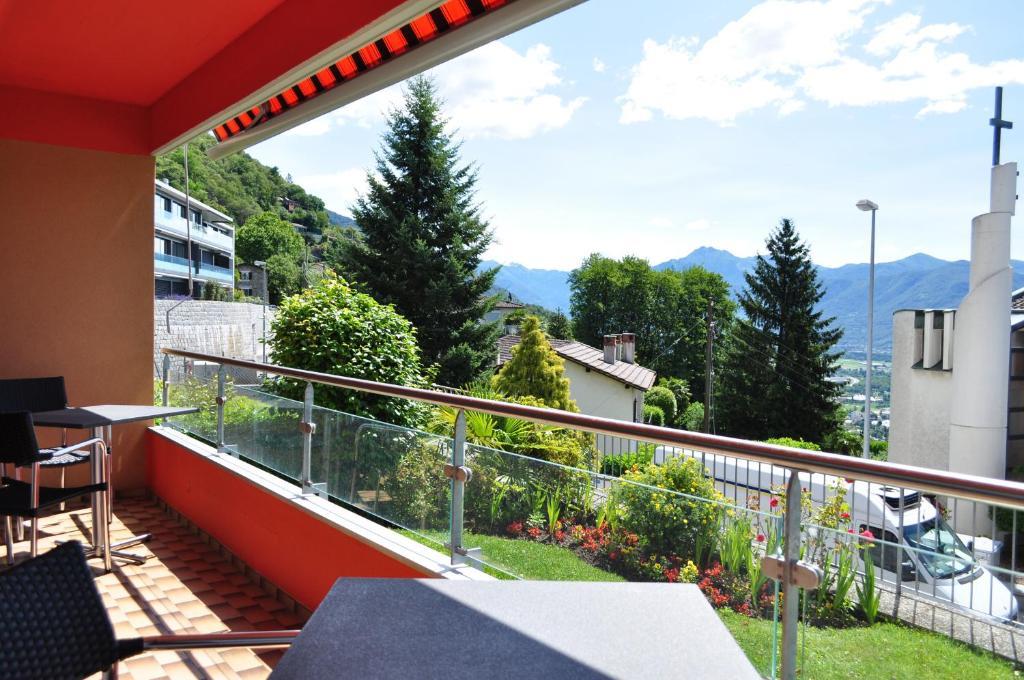 A balcony or terrace at Apartment Moderna