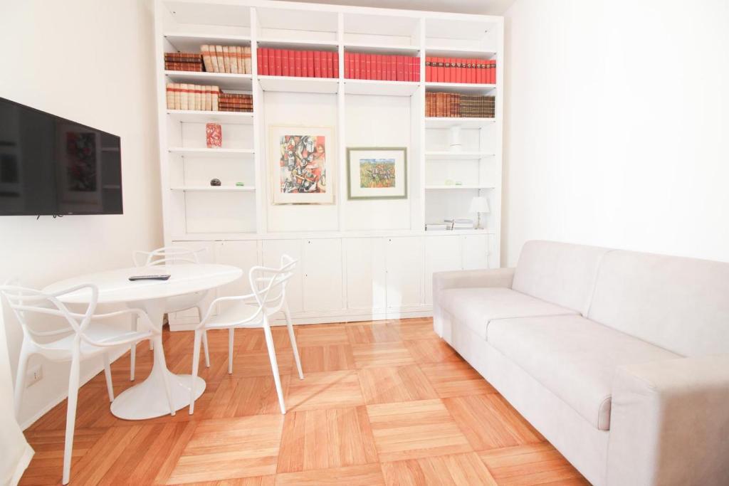 Duomo Charme Apartment Milano Prezzi Aggiornati Per Il 2020