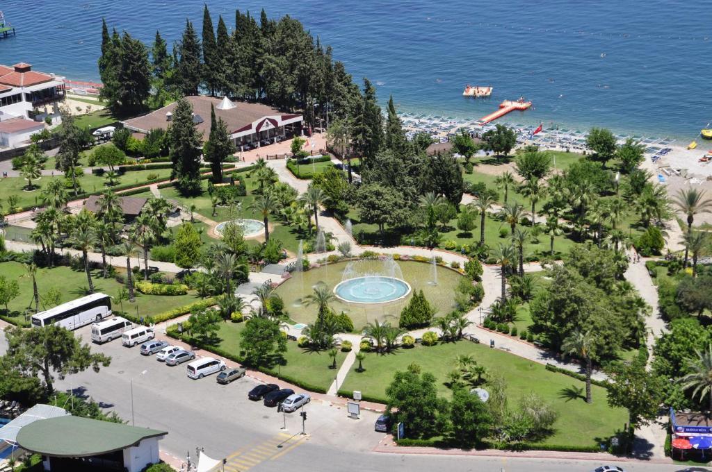 Турция из Саратова! Отличный отель 5* с собственным аквапарком!