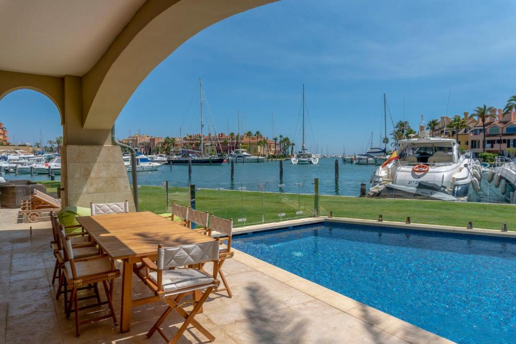 The swimming pool at or near Sotogrande Marina Apartment With Private Pool