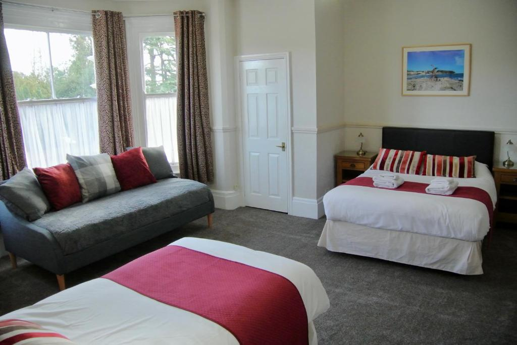 Fairlawns Guest House Banbury Uk Bookingcom