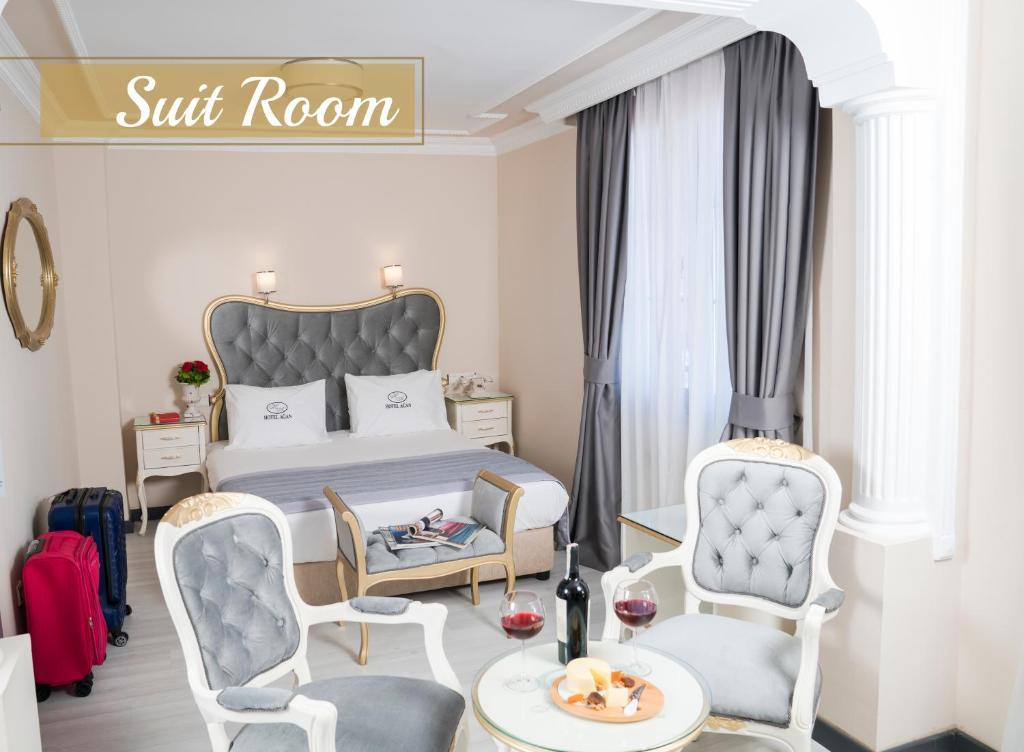 Llit o llits en una habitació de Hotel Agan Istanbul Sirkeci