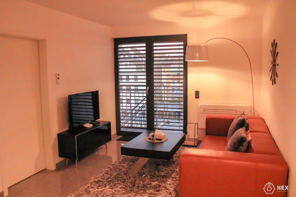 A seating area at Bluestone Boarding Apartments