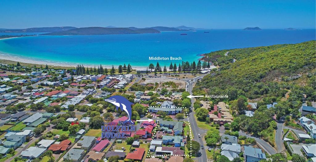A bird's-eye view of Dolphin Lodge Albany - Self Contained Apartments at Middleton Beach