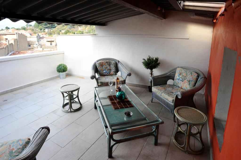 Apartment Côté Terrasse Apt France Booking Com