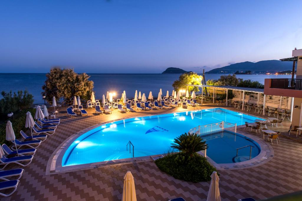 A view of the pool at Mediterranean Beach Resort or nearby