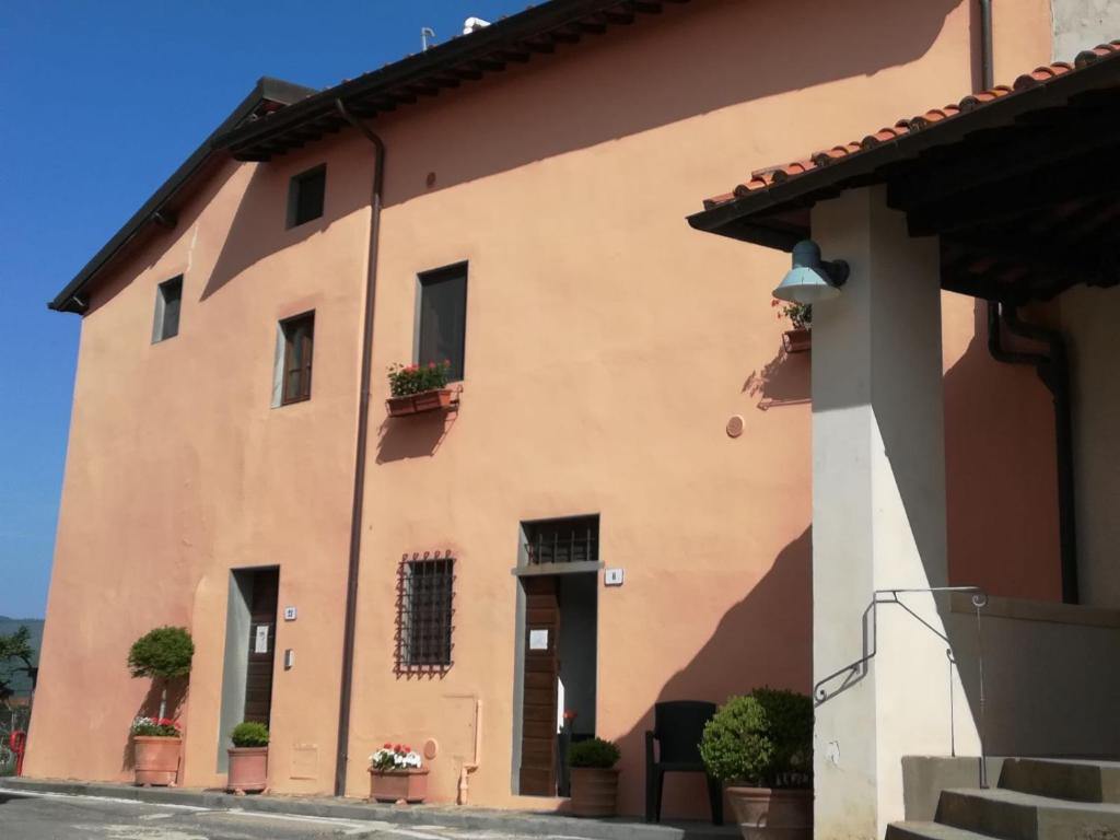 Il Ghiro Materassi.Guesthouse Il Ghiro Montevarchi Italy Booking Com