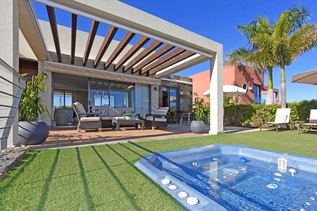Villa Salobre Las Terrazas 2 Spain Booking Com