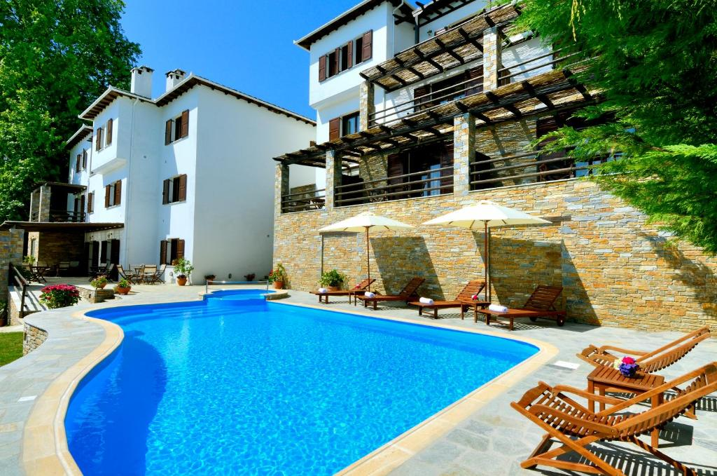 The swimming pool at or near Hotel Zagora