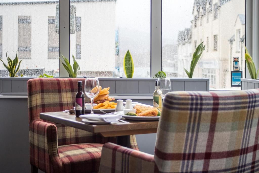 A restaurant or other place to eat at Kyle Hotel 'A Bespoke Hotel'