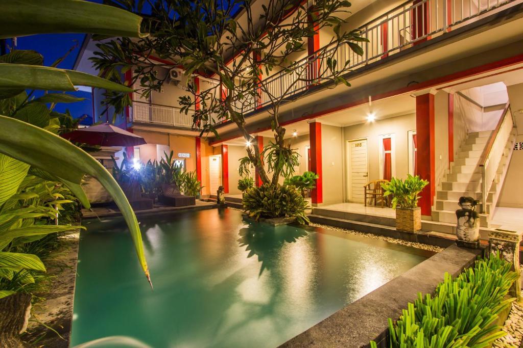 The swimming pool at or close to Angkul Angkul Beach Inn Kuta