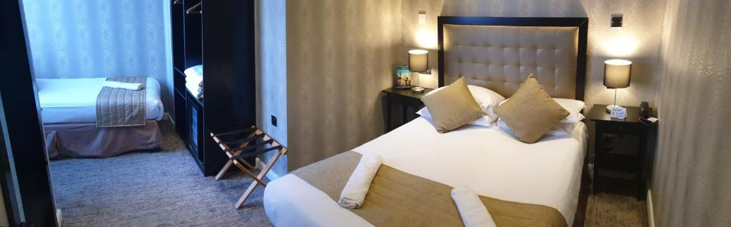 Duke Of Leinster Hotel