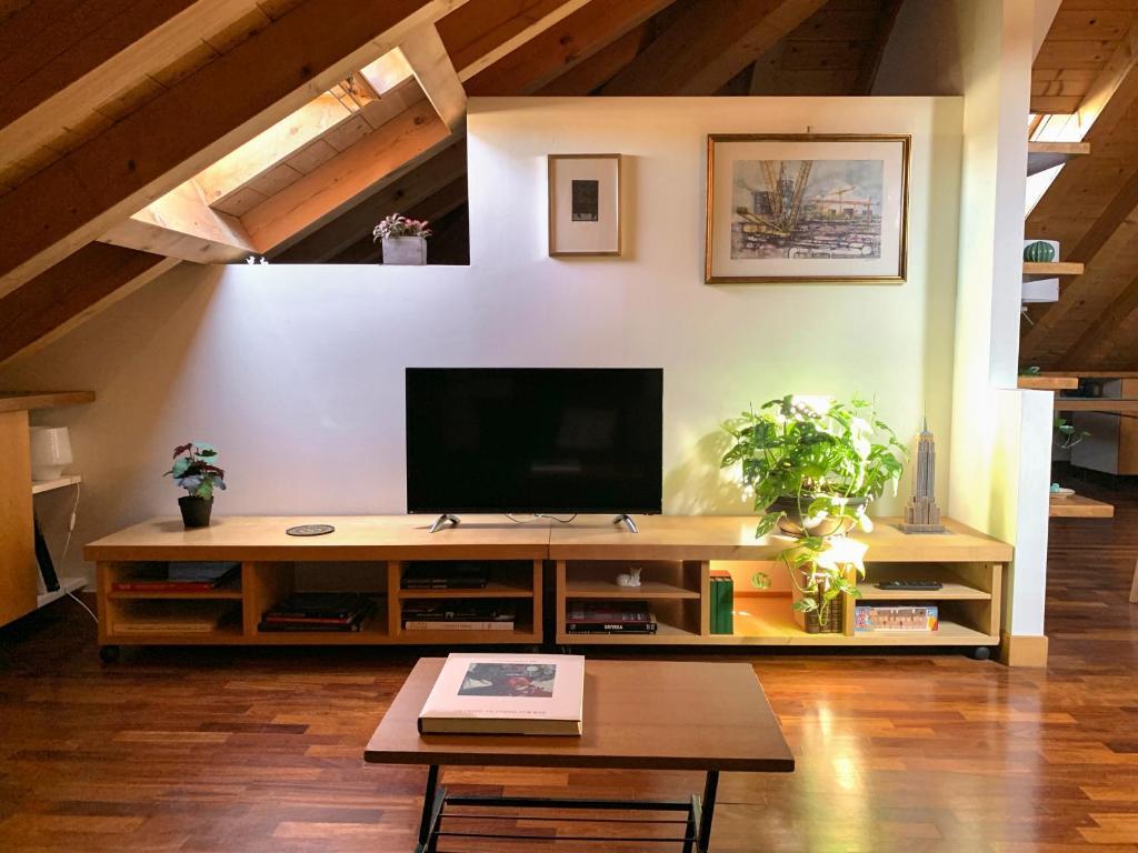 Arredare Open Space apartment bono cairoli 27 - turro, luminosa mansarda open