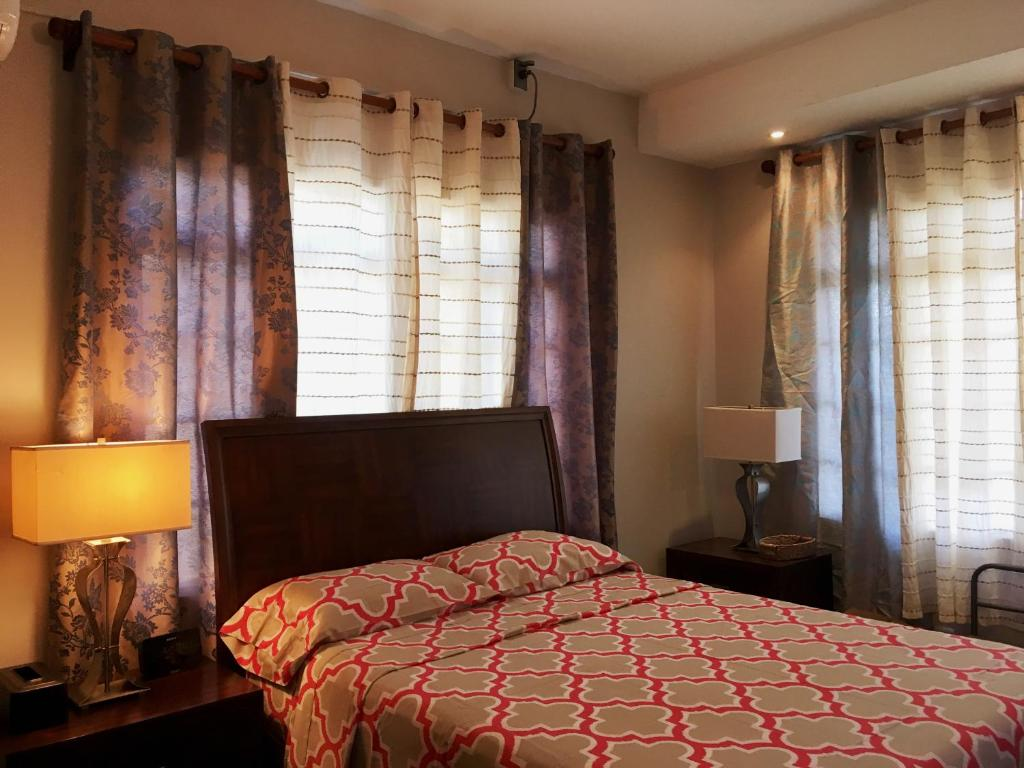 A bed or beds in a room at Oasis Petrea