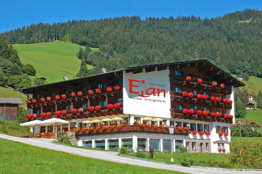 Neujahrs-Klangfeuerwerk in Oberau - Wildschnau