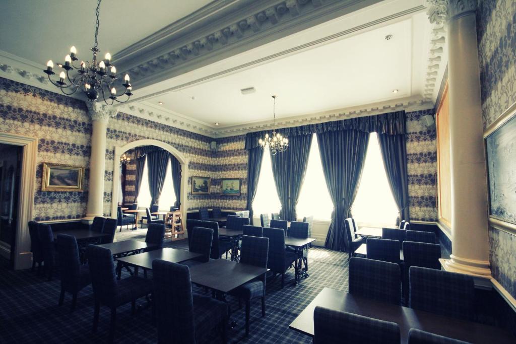 Restaurant ou autre lieu de restauration dans l'établissement Alexander Thomson