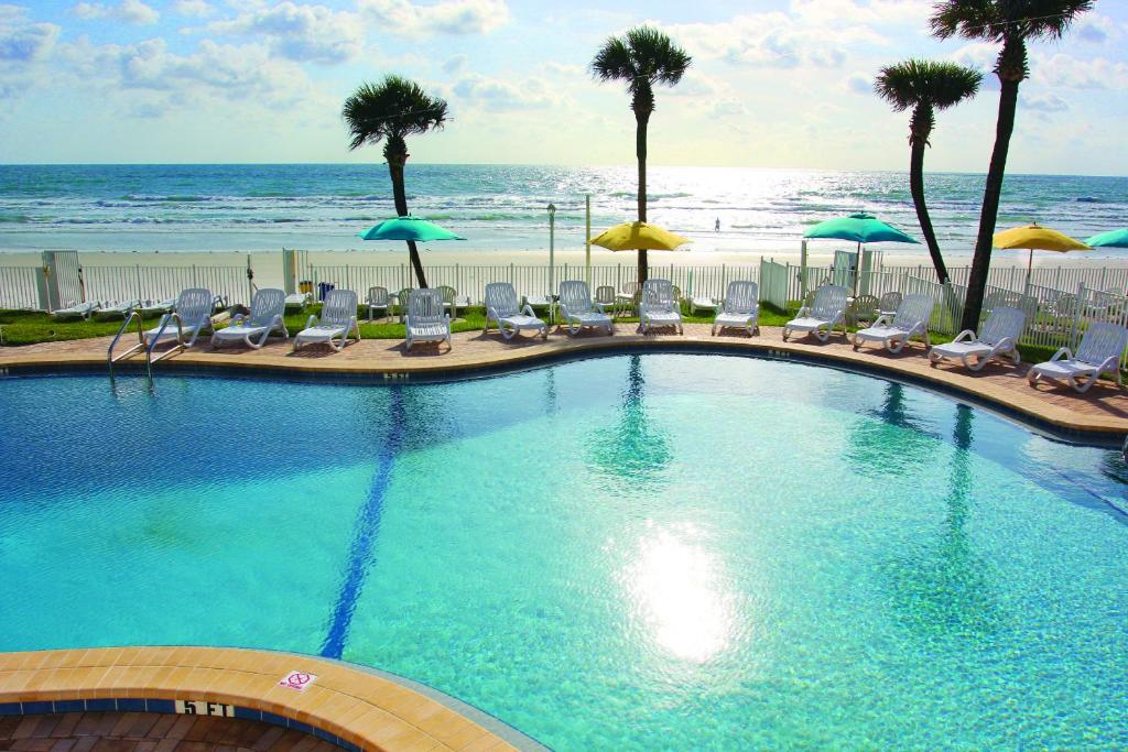 The swimming pool at or close to Perry's Ocean-Edge Resort