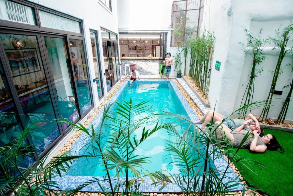 The swimming pool at or close to Hanoi Buffalo Hostel