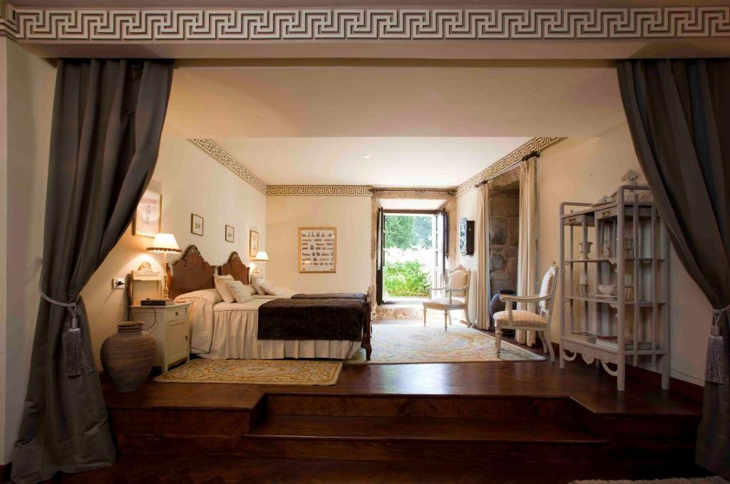 boutique hotels in bentraces  9