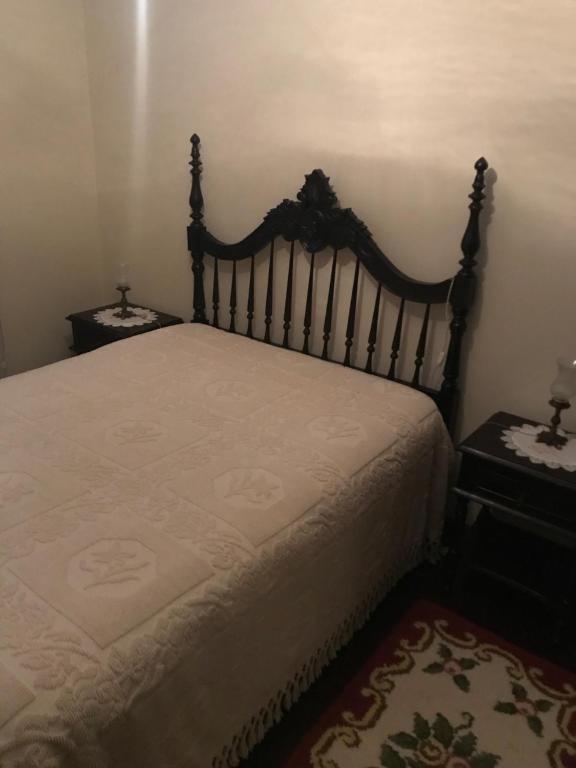 A bed or beds in a room at Bed and breakfast
