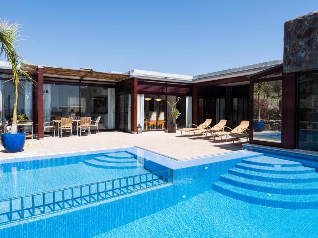 Villa SUNSET VILLA, HEATED POOL, La Playa de Tauro, Spain ...