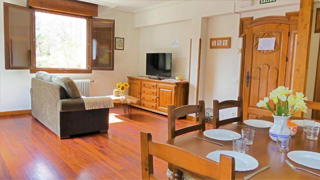 Casa de campo Bidezarra Etxea (España Ochagavía) - Booking.com