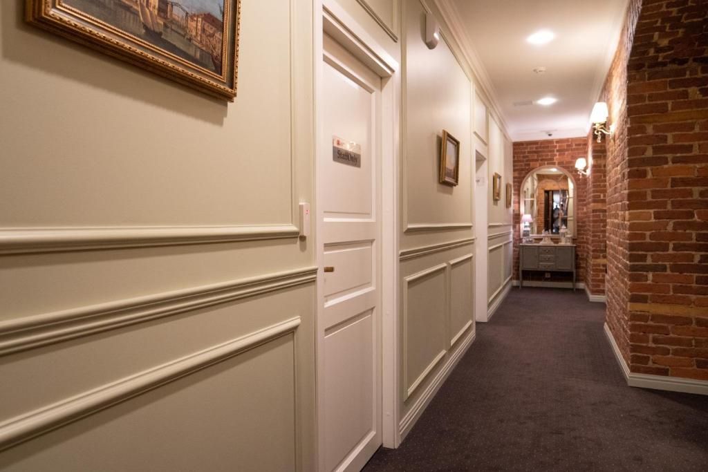 Двухъярусная кровать или двухъярусные кровати в номере Галунов Отель