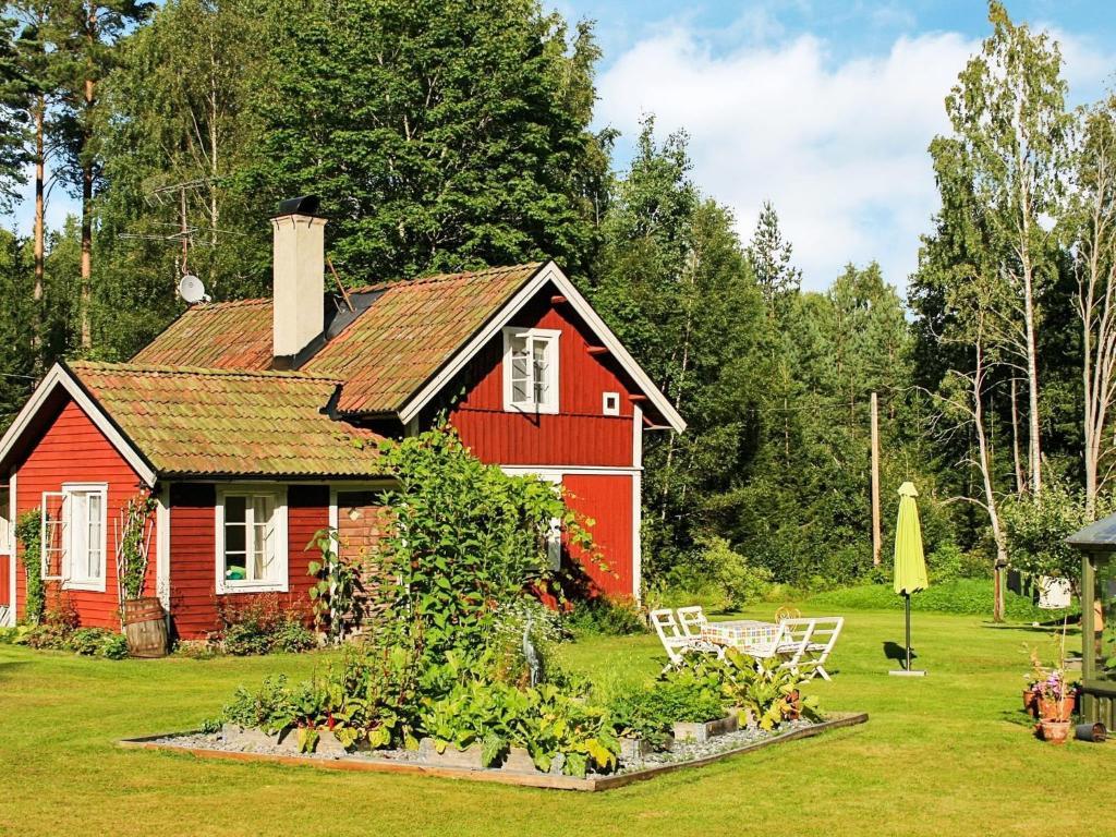 Lrare textilsljd och grna svenska/SVA till Lnna/Riala