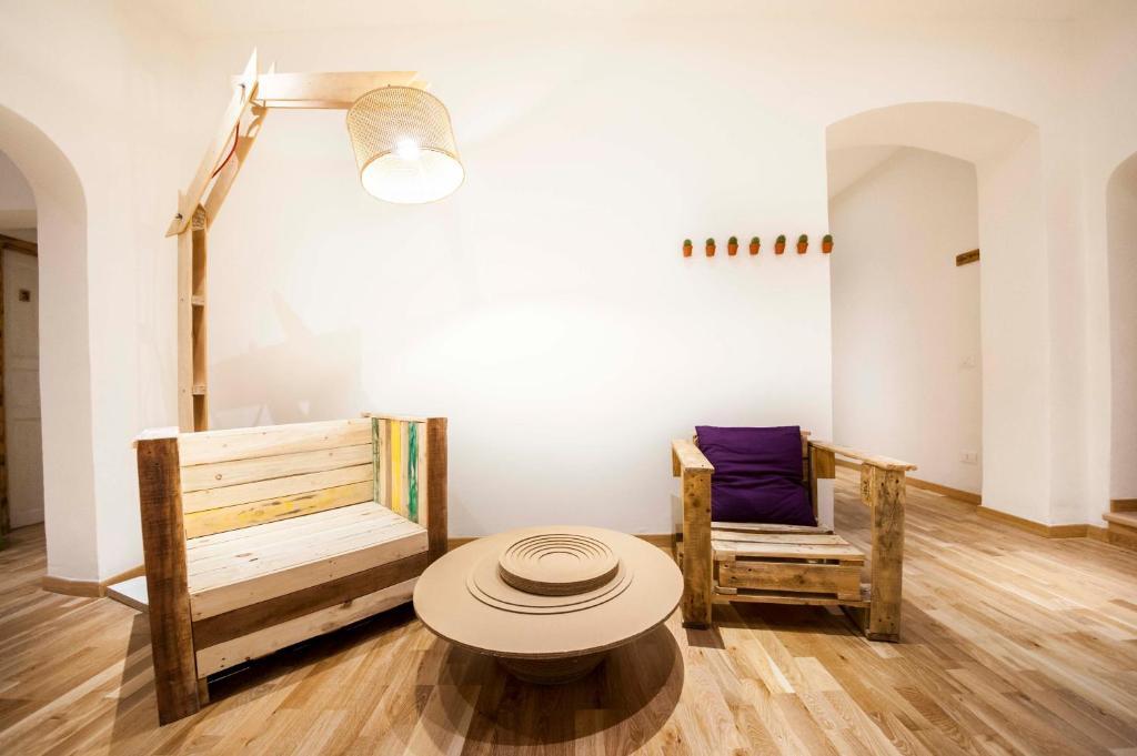 Uma área de estar em Albergo delle Spezie