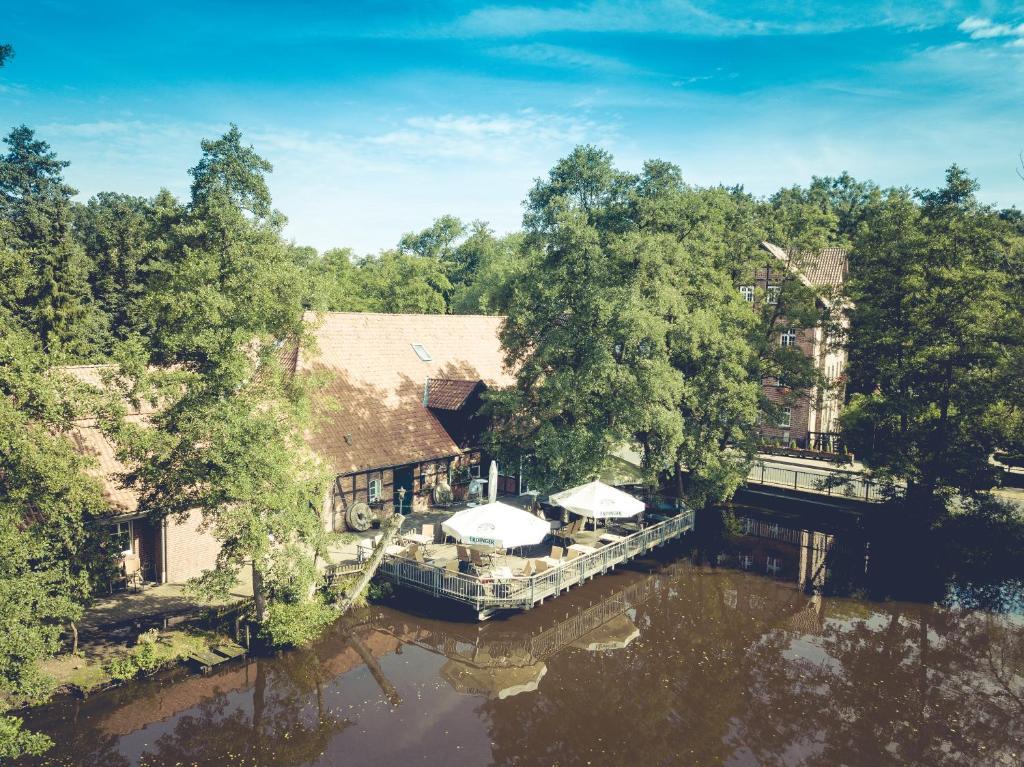 Blick auf Wassermühle Heiligenthal aus der Vogelperspektive