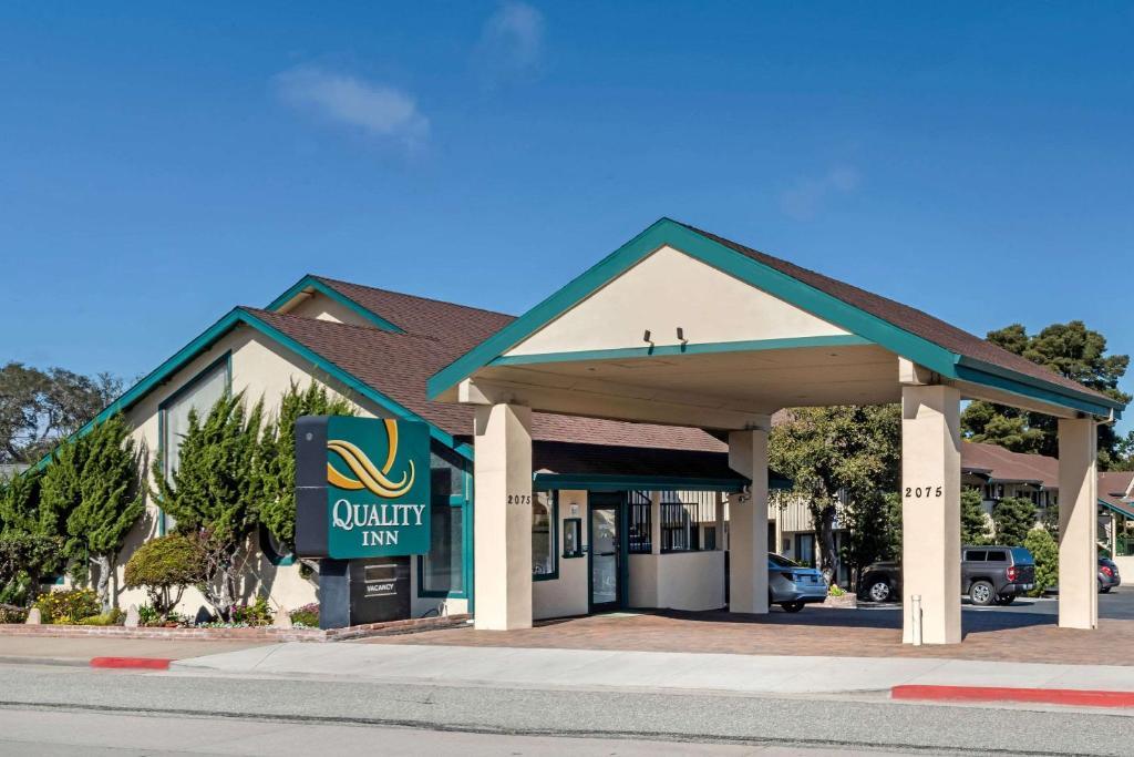 Quality Inn Monterey.