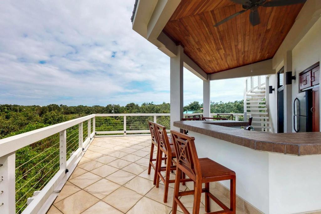 Casa De Vacaciones Casa Marina Belice Placencia Booking Com