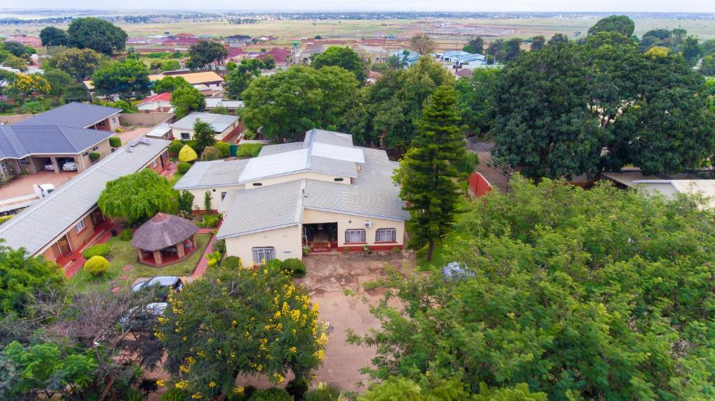 A bird's-eye view of Nelly's Guesthouse
