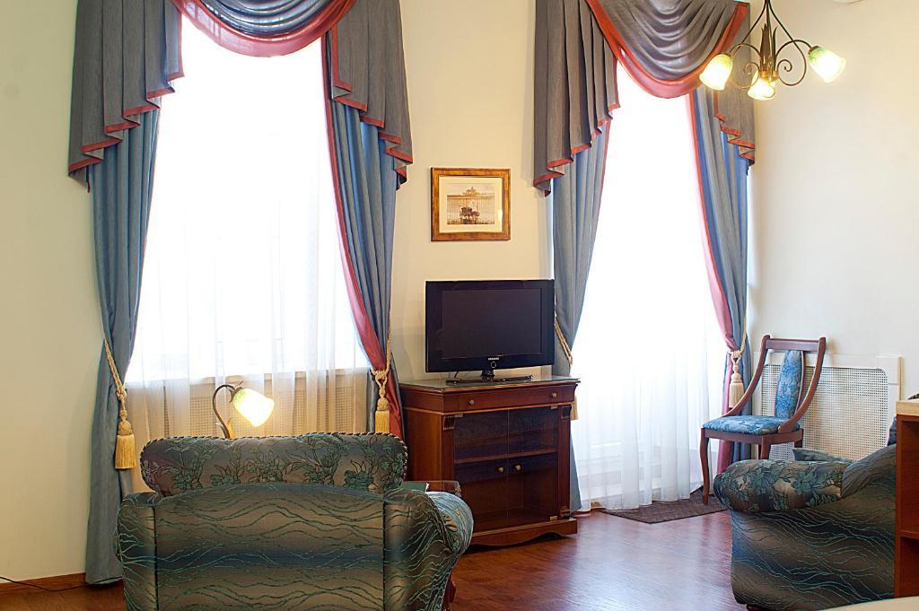 Гостиная зона в Отель «Времена Года»