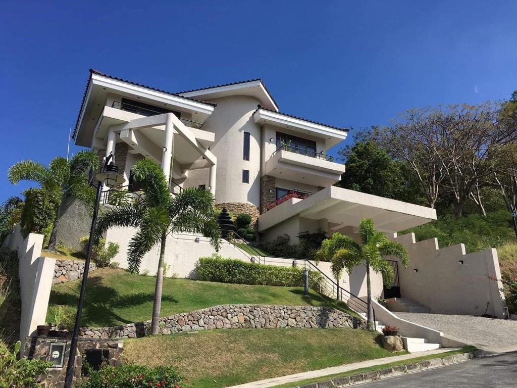 Resort Village Terraza S Staycation At Nasugbu Batangas