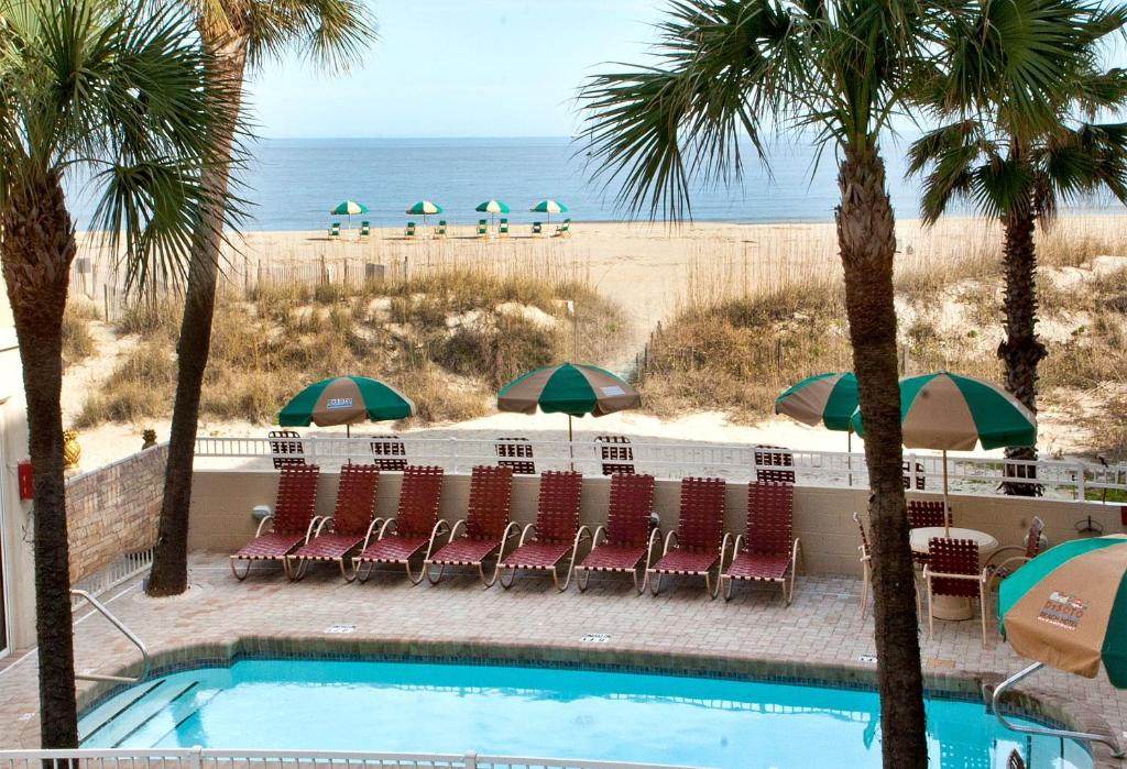 A view of the pool at DeSoto Beach Hotel or nearby