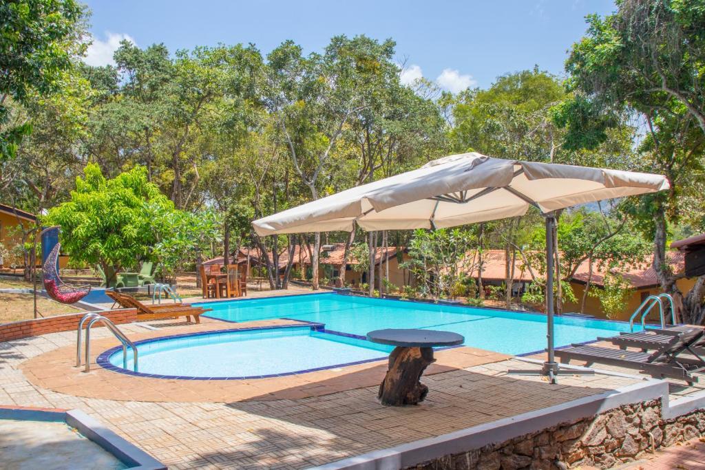 The swimming pool at or close to Dambulla Nature Resort