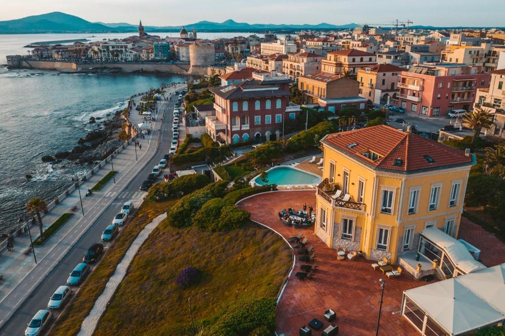 Vista aerea di Villa Mosca Charming House