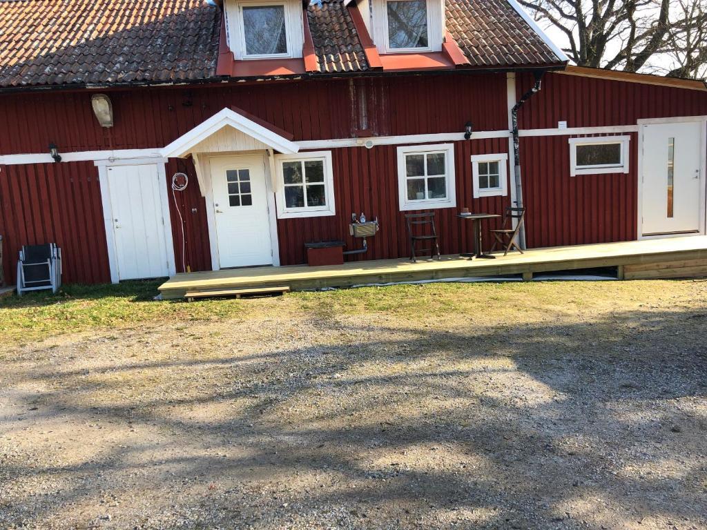 Fil:Stora Mellosa church unam.net Wikipedia