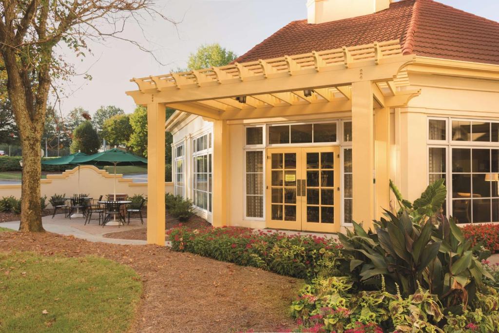 La Quinta Inn & Suites Atlanta-Paces Ferry/Vinings