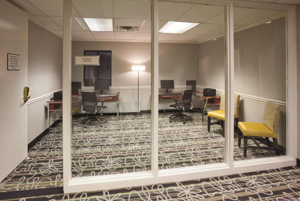 La Quinta Inn & Suites Minneapolis Bloomington West