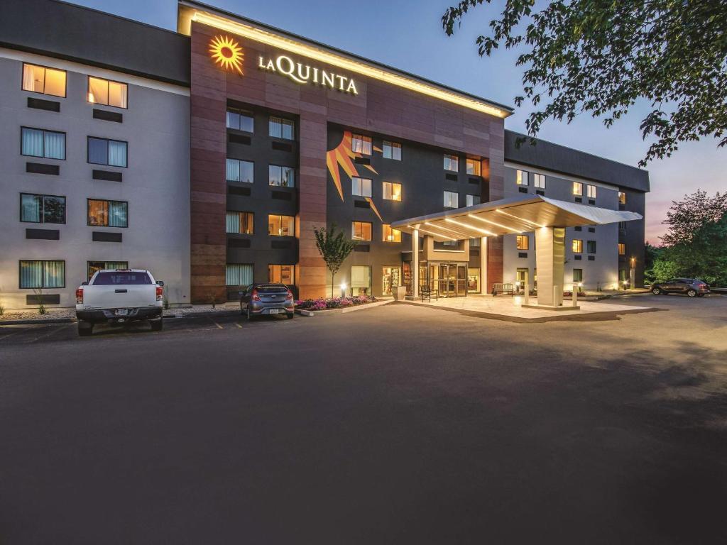 La Quinta Inn Hartford Bradley Windsor