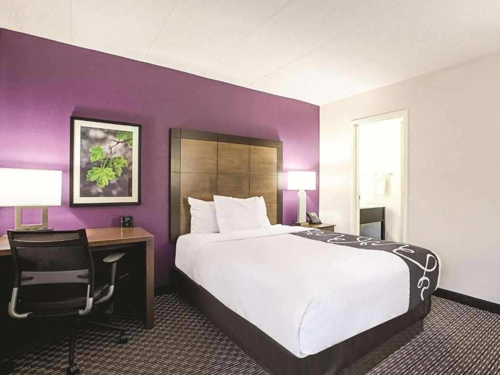 La Quinta Inn & Suites Baltimore North/White Marsh