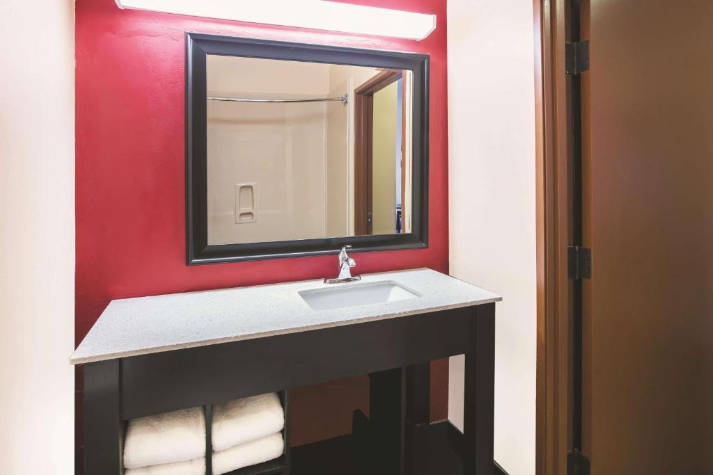 La Quinta Inn & Suites Dallas Mesquite