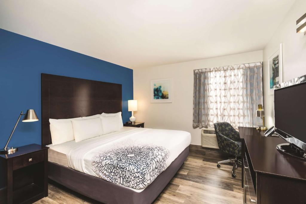 La Quinta Inn & Suites Brooklyn Downtown