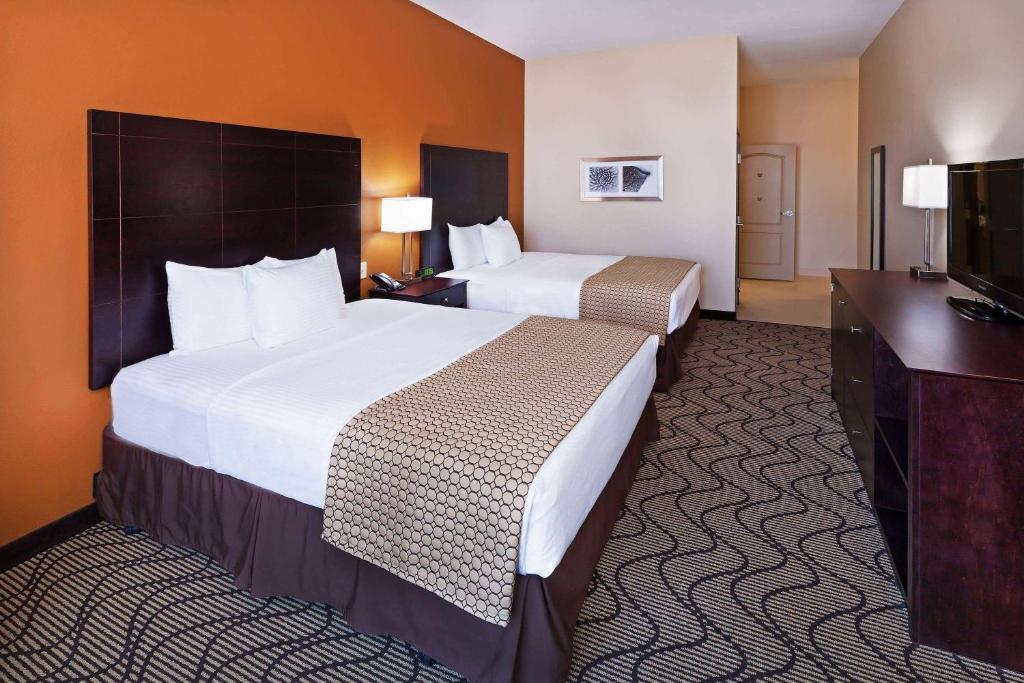 La Quinta Inn & Suites Marshall