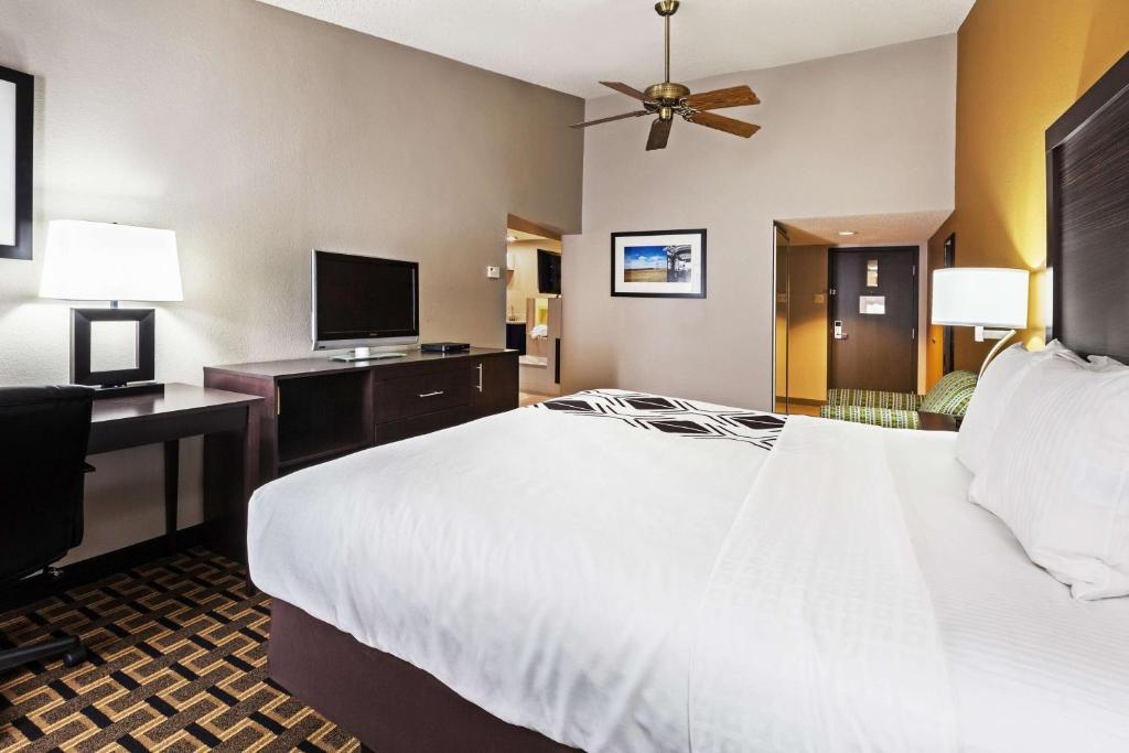 La Quinta Inn & Suites Denison - Lake Texoma