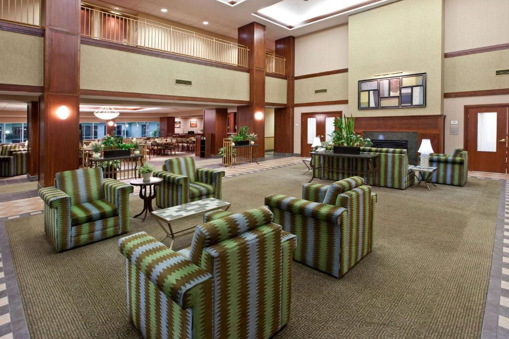 La Quinta Inn & Suites Chicago North Shore